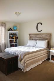 cool rustic wood plank headboard for boys bedroom ideas with beige