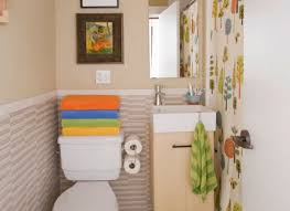 decorating small bathroom ideas decorating small bathrooms pictures smallbath and avaz