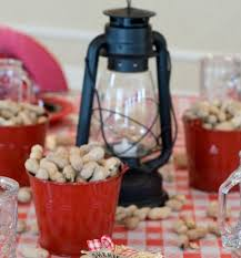 cheap centerpiece ideas for weddings lantern centerpiece