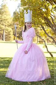wonderful wizard of oz costumes halloweencostumes com best 20 glinda costume ideas on pinterest wicked costumes