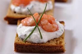 canapé toast toasts de d épices au saumon et crevettes