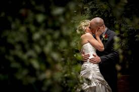 professional wedding photography how to a wedding photographer videographer wedding