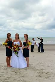 Funny Wedding Memes - funny wedding photobomb