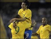 BBC Brasil - Notícias - Copa: Dunga chama Grafite e deixa de fora ...