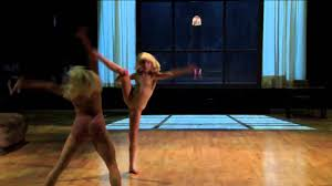 Chandelier Choreography Sia Chandelier With Maddie Ziegler Allsion Holker On