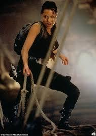 Lara Croft Tomb Raider Halloween Costume Daisy Ridley Confirms U0027s Talks Tomb Raider Lara Croft