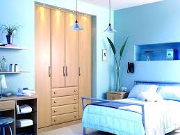 what paint colors make rooms look bigger colors to paint a bedroom to make it look bigger riesenberg info