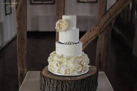 wedding cake essex woo cakes wedding cakes southend