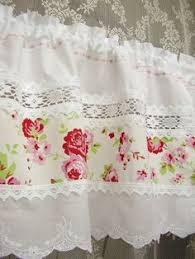 Shabby Chic Kitchen Blinds Shabby And Vintage Style Pretty Rose With Crochet Lace Cafe