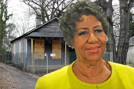 Bill Clinton Childhood Home by Plaque Honoring Aretha Franklin Placed At Childhood Home Page Six