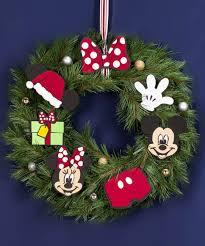 decoración navideña con tema mickey mouse