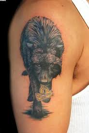 amazing wolf on right arm amazing wolf tattoos
