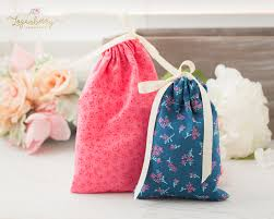 cloth gift bags 5 minute gift bags loganberry handmade