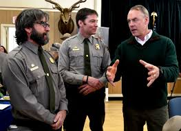 interior department twitter ban zinke pledges big changes at department of the interior local