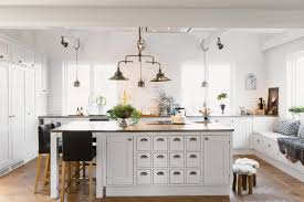 Kitchen Lights Ideas 22 Awesome Traditional Kitchen Lighting Ideas