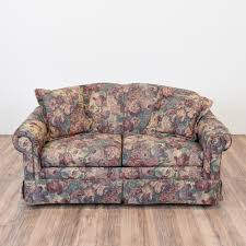 Curved Fabric Sofa by This Loveseat Is Upholstered In A Durable Floral Print Fabric In A