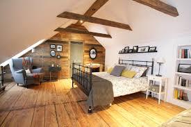 chambre lambris bois chambre avec lambris bois maison design sibfa com avec chambre avec