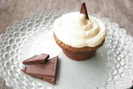 classic chocolate cupcakes with vanilla frosting feasting freds