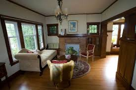 craftsman style home decor with white wall paint color craftsman