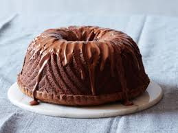 delicious chocolate cake with rich u0026 creamy chocolate frosting