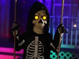 halloween decorations skeleton swinging skeleton boy spirit sneak peeks 2015 youtube