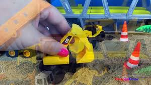 cat construction toy mighty machines build a train track dump
