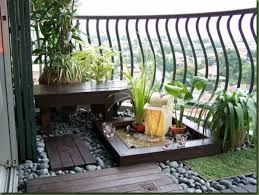 Shabby Chic Patio Furniture by Outdoor Living Cozy Small Balcony Decorating Ideas With White