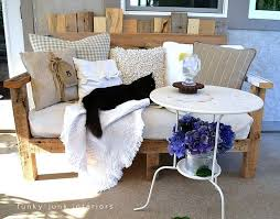 Pallet Sofa Cushions by 60 Best Pallet Furniture Images On Pinterest Pallet Ideas Diy