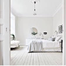 Minimalist Bedroom by