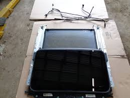 lexus is300 oem parts 2001 lexus is300 sunroof glass no accident oem free shipping
