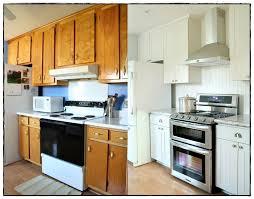renover cuisine bois renovation cuisine bois idées de décoration à la maison