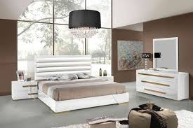 White And Gold Home Decor Unique White And Gold Bedroom Set Fascinating Bedroom Decoration