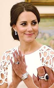 kate wedding ring you won t believe how much kate middleton s engagement ring is