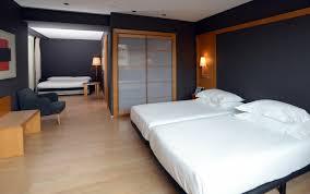 hotel avec dans la chambre barcelone chambres familiales à barcelone suites avec à l hôtel