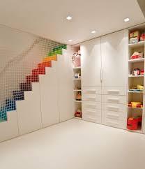 revetement plafond chambre decoration faux plafond idee decoration spots encastres escalier