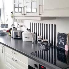 hochglanz küche beige hochglanz küche und holz arbeitsplatte lecker auf moderne