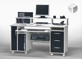 bureau informatique noir inspirant bureau ordinateur design komputerle biz