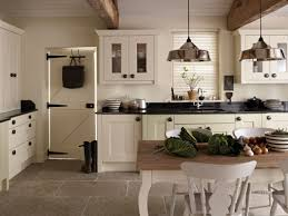 black and white kitchen decoration using black granite kitchen