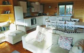 luxury livingroom wood cabin luxury livingroom toms eco lodges