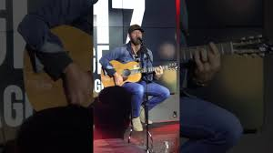 drake white freestyles country music style in nyc live