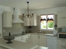 cuisine peinte impressionnant cuisine peinte en beige galerie canap sur blanc et