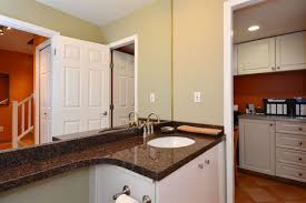 Kitchen Cabinets In Surrey 164 16275 15 Avenue In Surrey King George Corridor Townhouse For