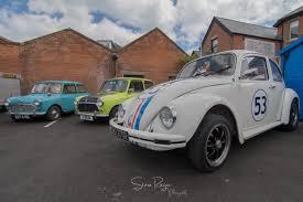 volkswagen beetle 1930 hire a classic car u201cherbie u201d u2013 1976 vw beetle