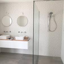 Grey And White Bathroom Tile Ideas Best 25 Grey Slate Bathroom Ideas On Pinterest Shower Rooms