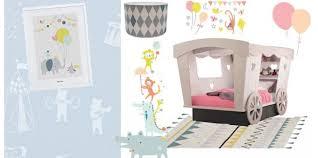 deco chambres enfants chambre enfant cirque déco cirque pour la chambre de bébé ou