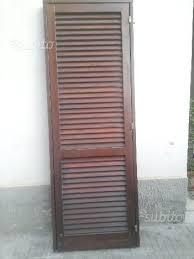 persiana in legno porta a persiana legno massello giardino e fai da te in