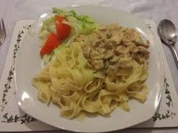 creme fraiche cuisine creme fraiche chicken carbonara recipe all recipes uk