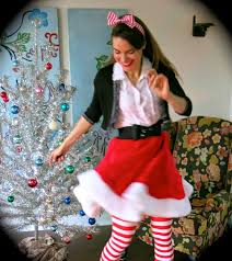 Faux Fur Christmas Tree Skirt Cassie Stephens How To Sew A Tree Skirt Into A Skirt