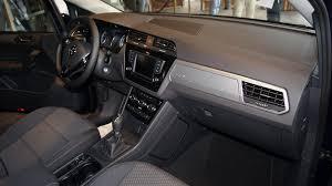 amenagement garage auto lancement du nouveau volkswagen touran les automobiles de cyril