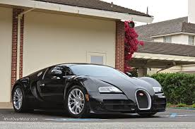 bugatti veyron supersport bugatti veyron super sport spotted in pebble beach ca mind over